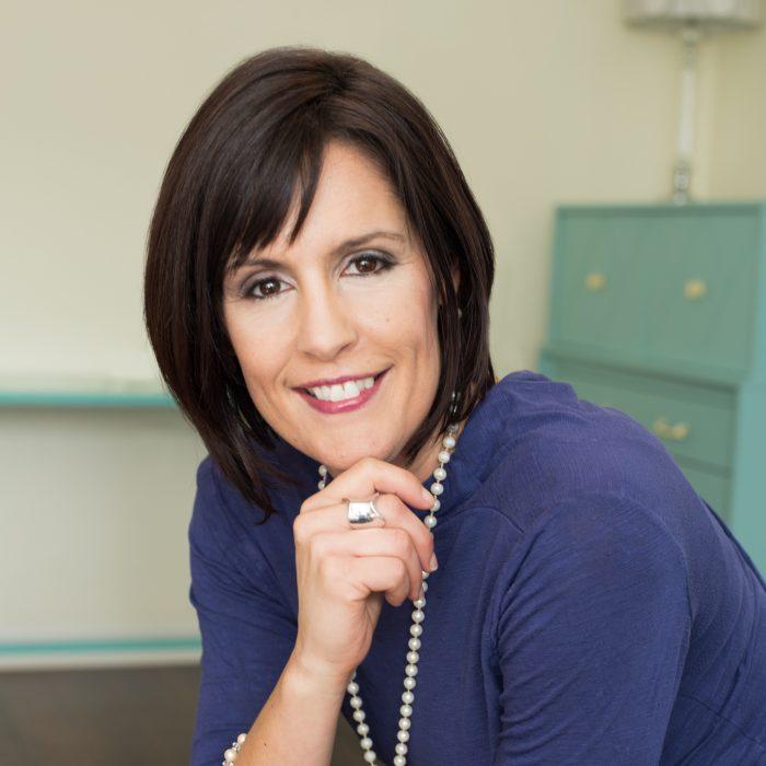 London Chiropractor Dr. Laura Gravelle